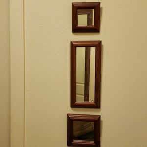 Set of 3 mirrors in 3 different sizes and shapes